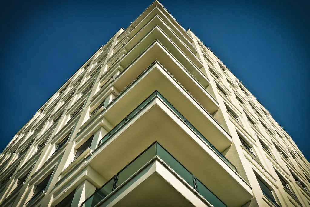 architecture-balcony-building-271699